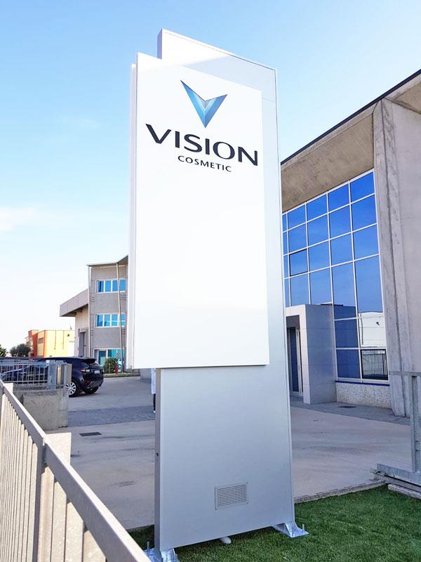 totem-aziendale-retroilluminato-vision-cosmetic